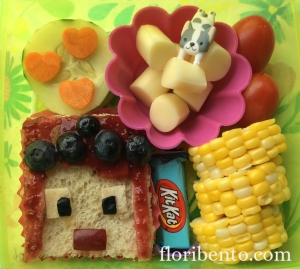 Amy Lee33 sandwich bento close-up